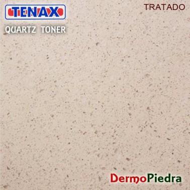 Quartz Toner en superficie tratada. Reaviva el tono y protege contra manchas.