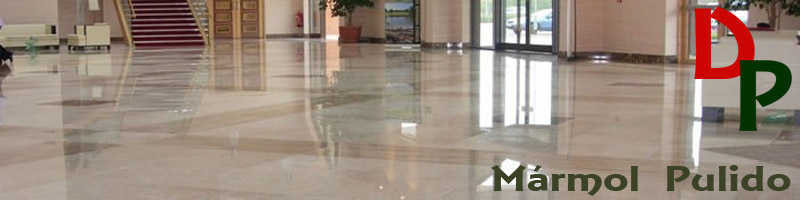 Productos DermoPiedra para limpieza y protección de mármoles pulidos.
